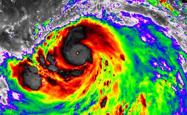 10월 슈퍼태풍 하기비스, 절절 끓는 바다의 역습5.jpg